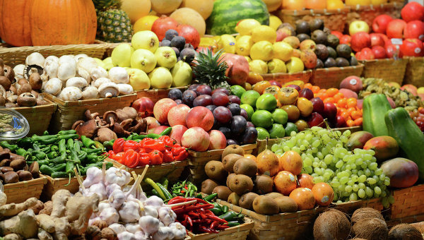 ' Russia may ban imports of fruits from Ukraine by late September. '